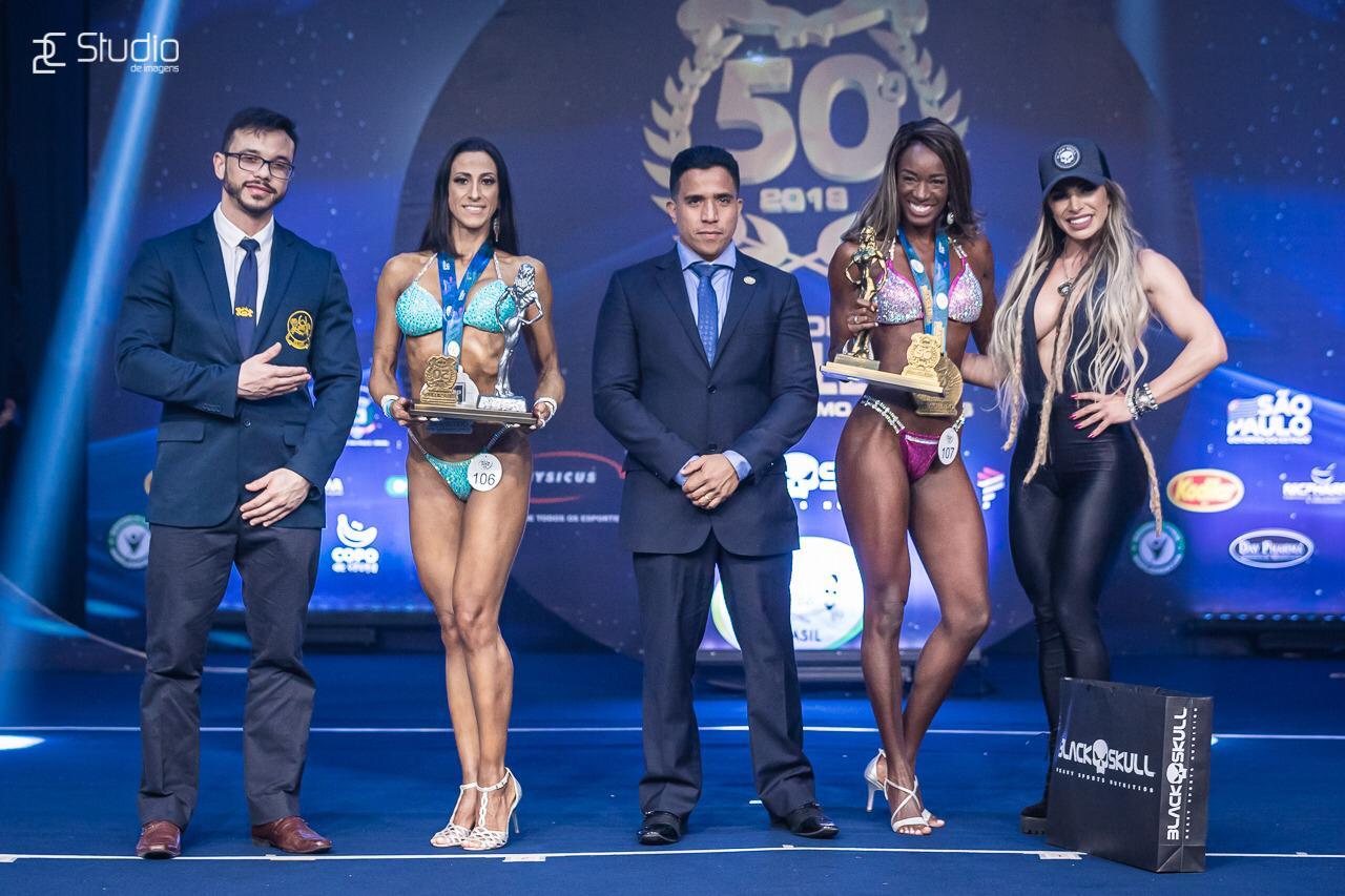 Comissária de bordo aluna do Batalha é classificada para campeonato Sul Americano no Equador